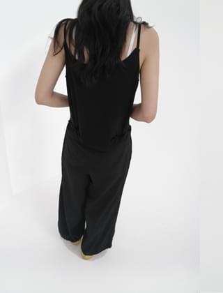 pique texture sleeveless