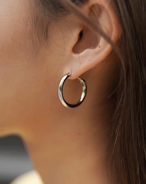 Simple -earring