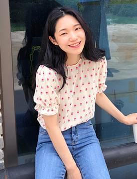 Flowery chiffon blouse_S (size : free)