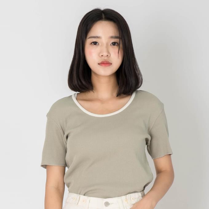 배색골지 티셔츠