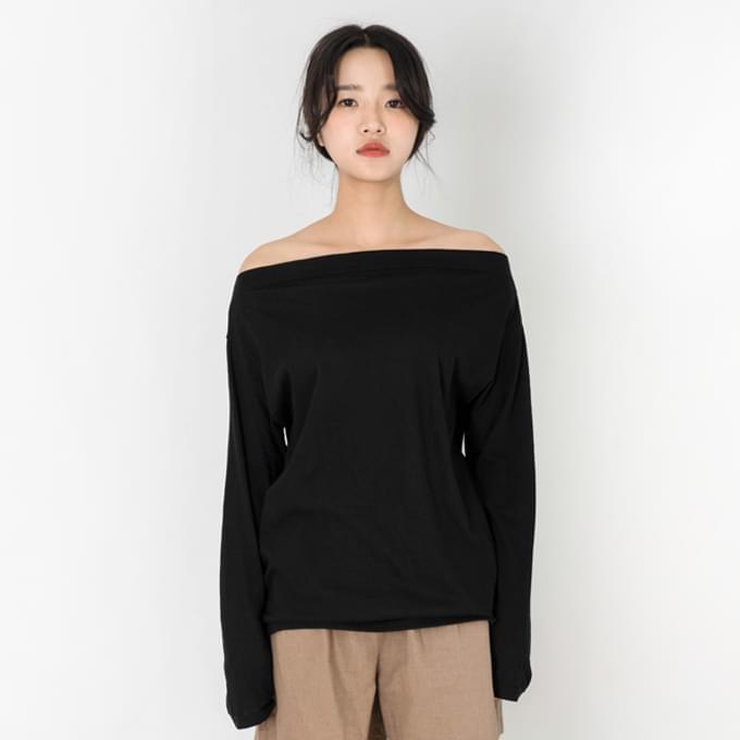 오픈넥 티셔츠