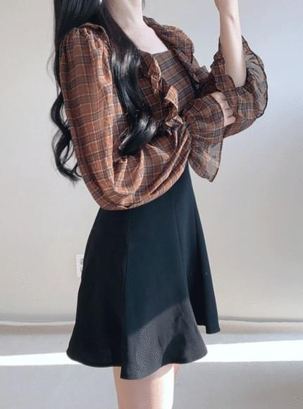 Choco square check blouse