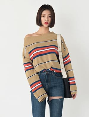 off-shoulder colorful point knit