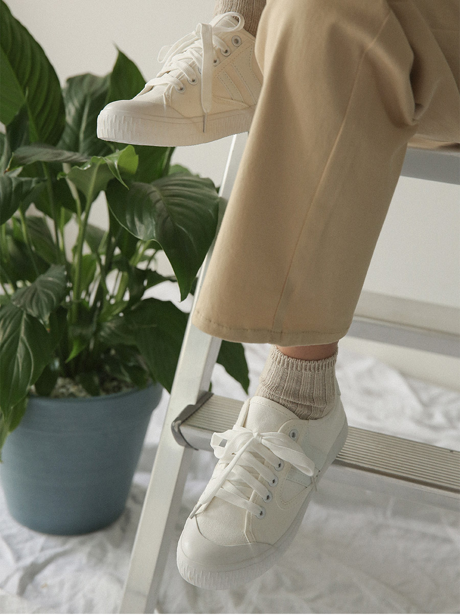 color point basic sneakers