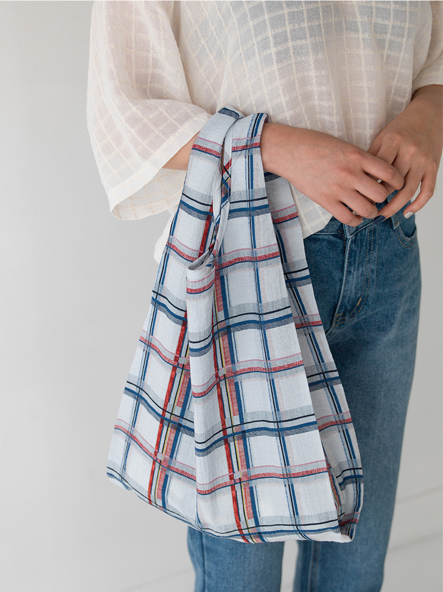 check pattern shopper bag