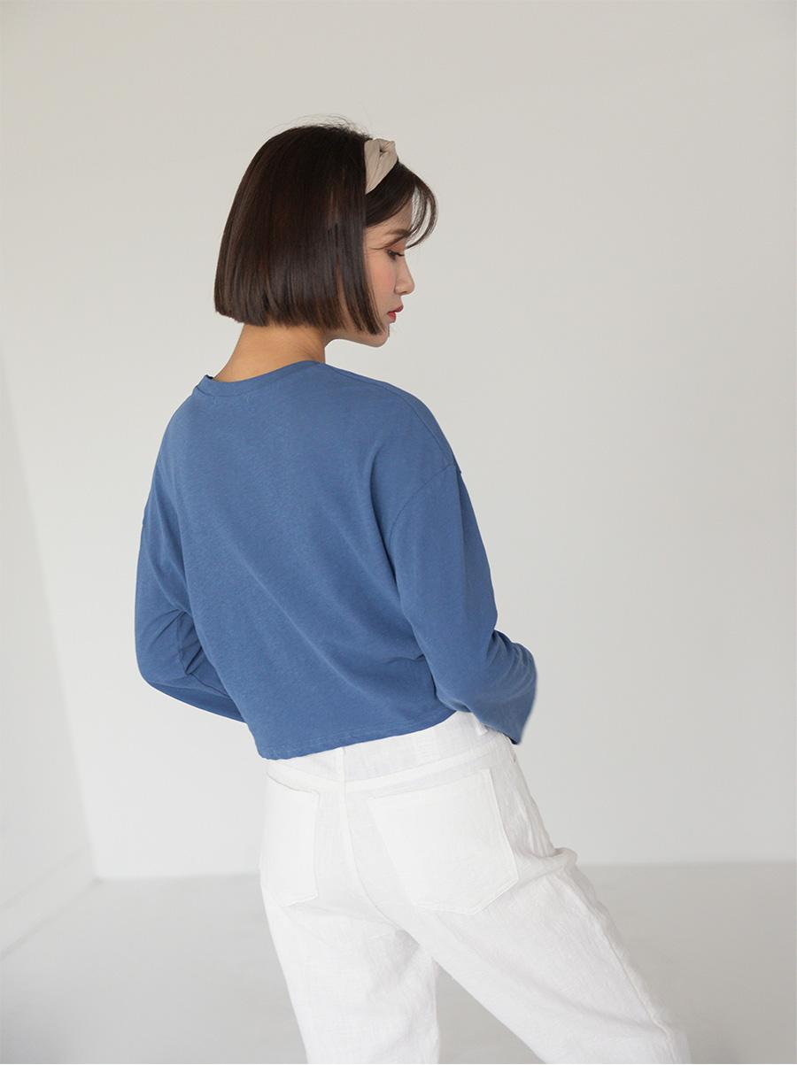 white semi baggy fit linen pants