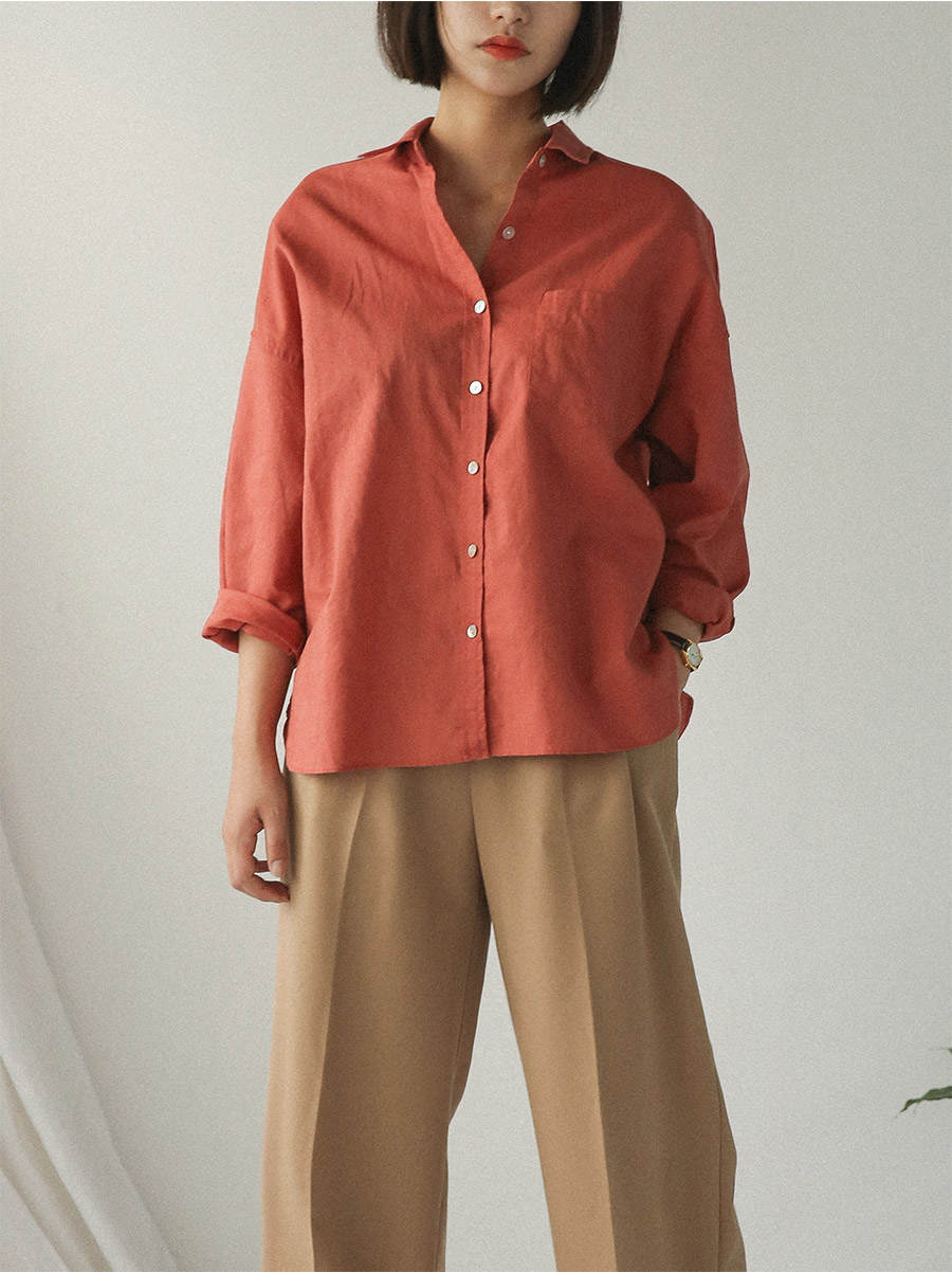 loose fit round slit shirts