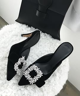 Elegantly cubic mule shoes
