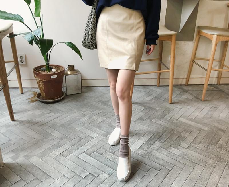 Rezate skirt