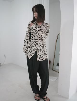 leopard pattern shirt (2colors)