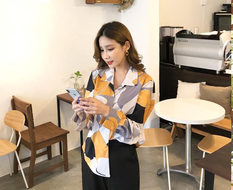 Muse pattern blouse