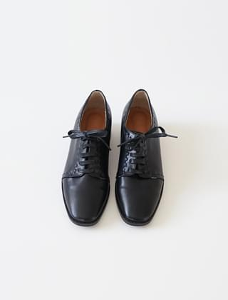 mannish rough loafers