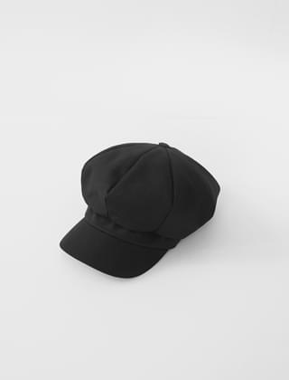 black newsboy cap
