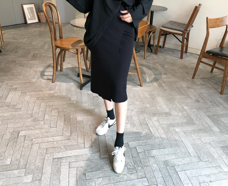 Knitwear skirt