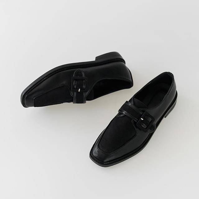 classic square shape loafer