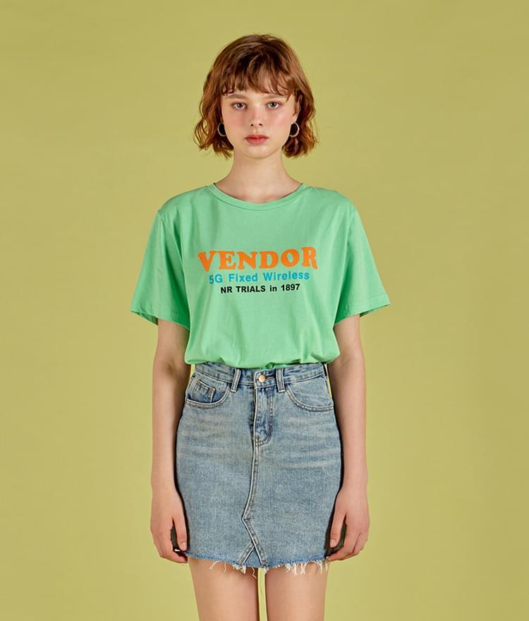 벤더 레터링 티셔츠