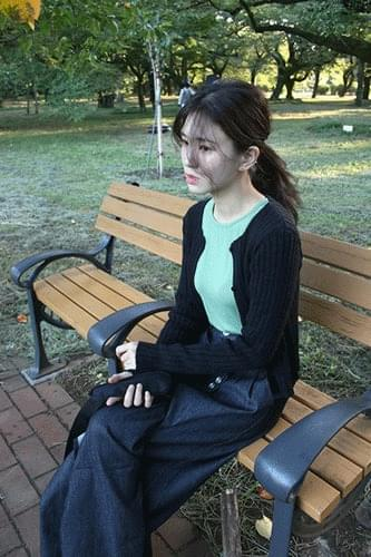 pearl ronud knit cardigan