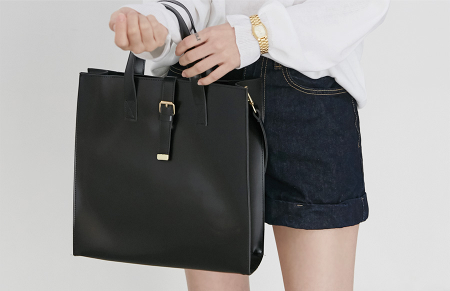 Belted angle big bag_H (size : one)