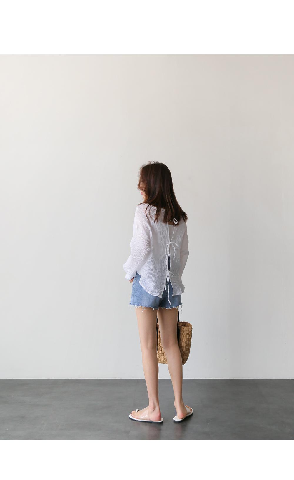 Three short pants m
