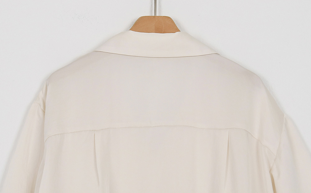 silky half blouse (2colors)