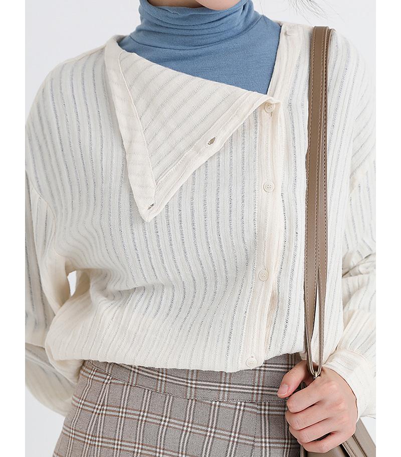 unbalance cotton neck blouse