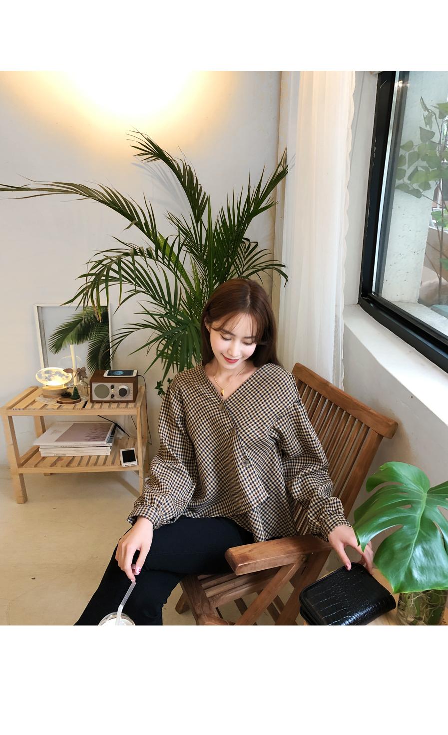 Melody check blouse