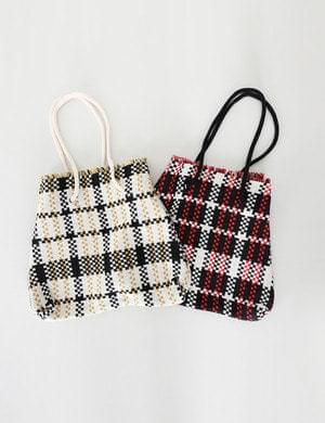 Hound check knit shoulder bag