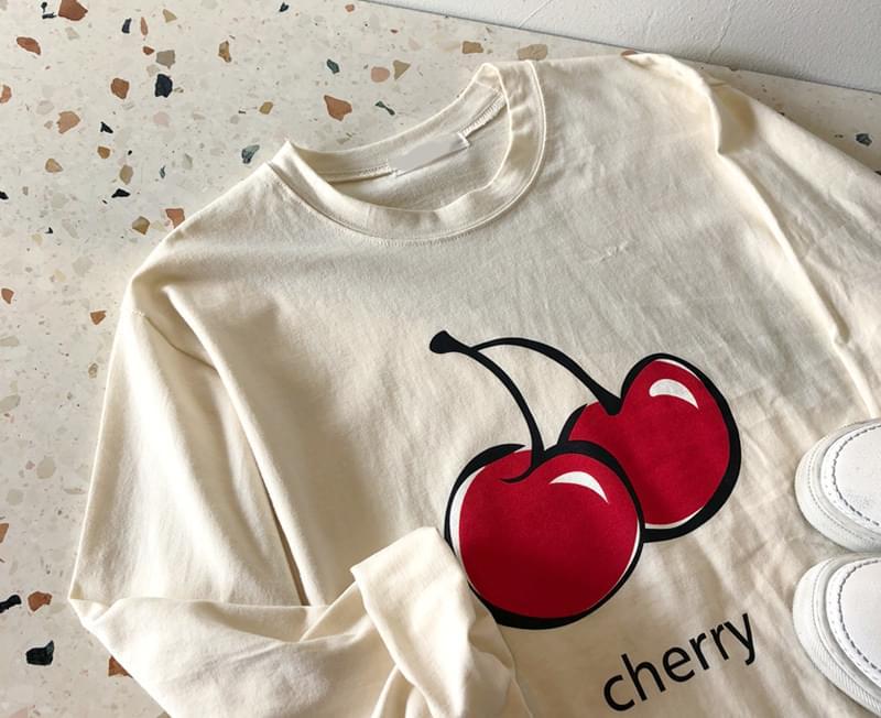 Cherry printing tee
