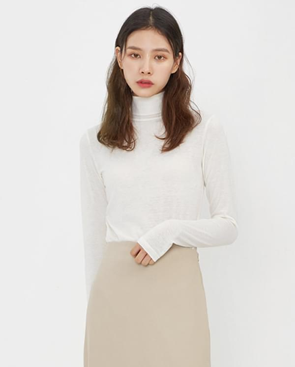 day by day turtleneck T