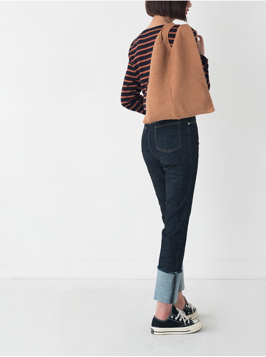 easy v-neck knit cardigan