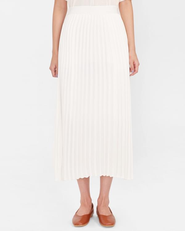 sky long pleats skirt
