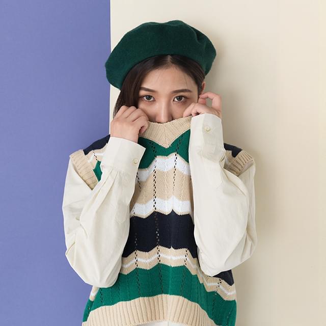 zigzag knit vest