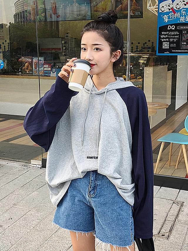 Half-Box Shape Hooded T-shirt