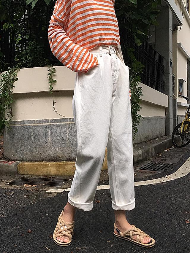 Post-roll-up denim pants
