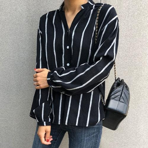 Planning Specials / Comal-striped blouse