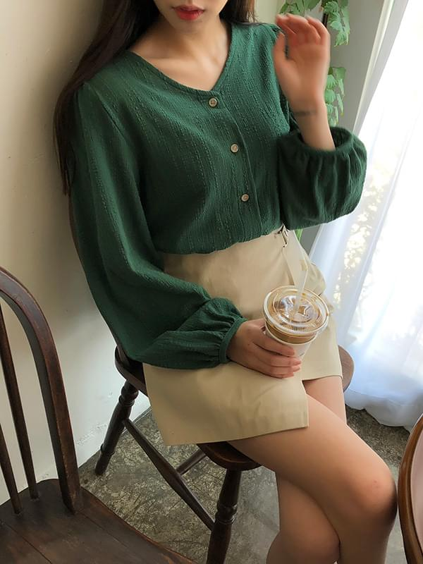 Mary Me Wrinkle Puff Blouse