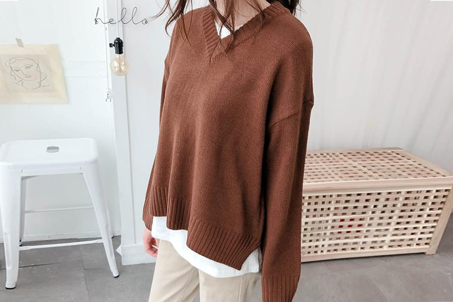 V-neck cutter knit