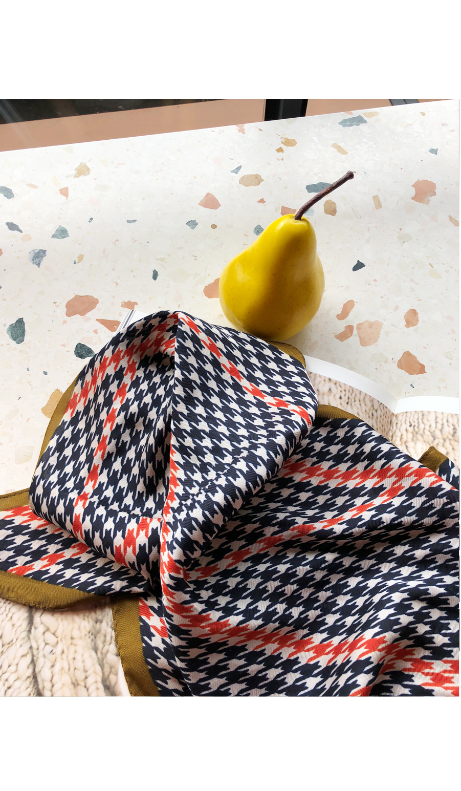 Check Loader Try Petit Scarf