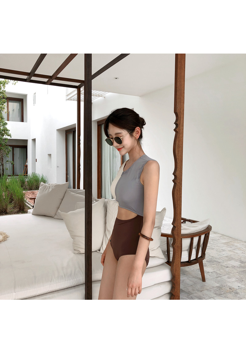 Triple color bikini