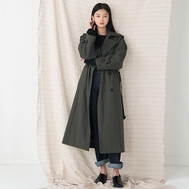 slit detail long trench coat