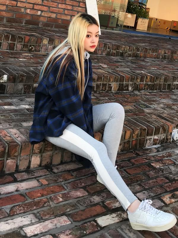 ONE color leggings