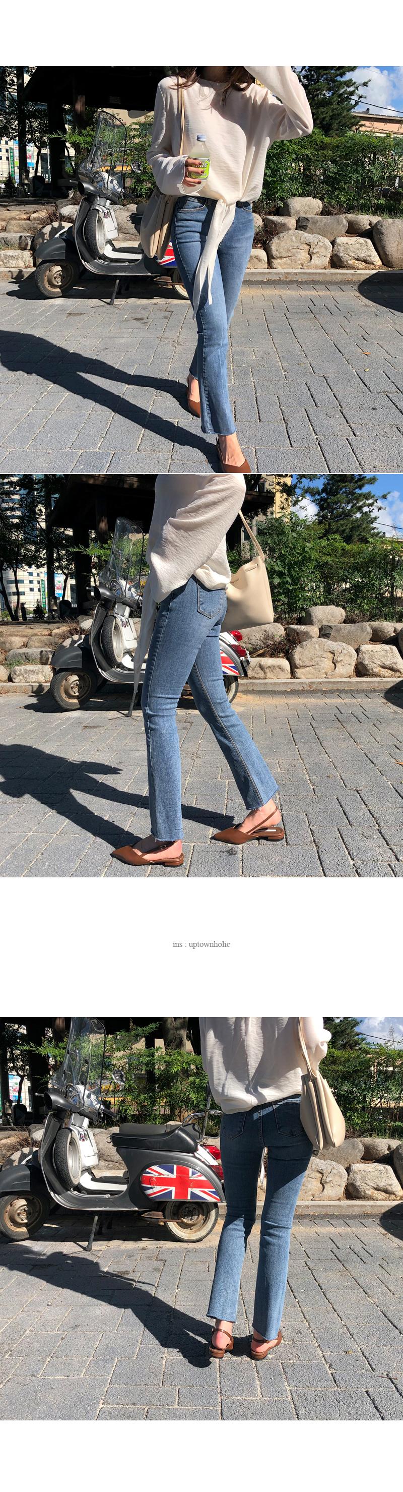 Delhi pants