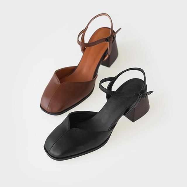 girlish mary jane middle heel