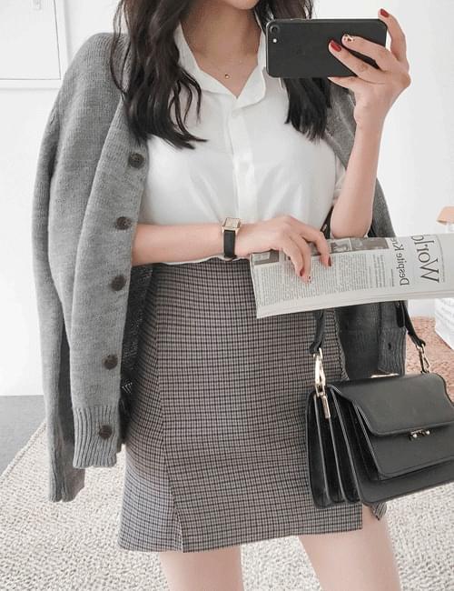 Standard wool cardigan