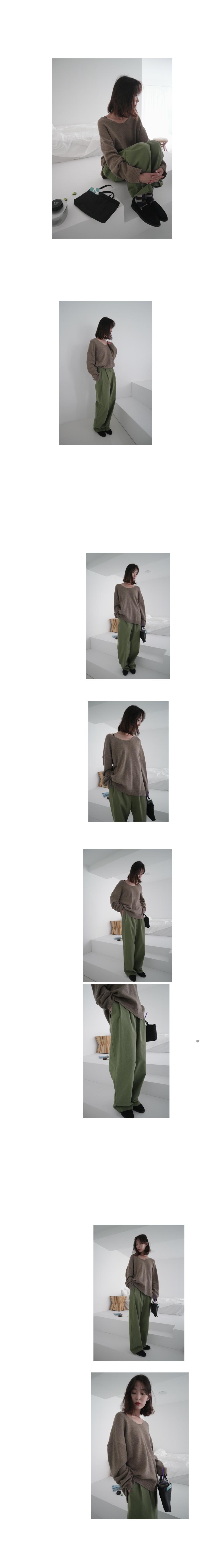 loose deep V-neck knit (3colors)