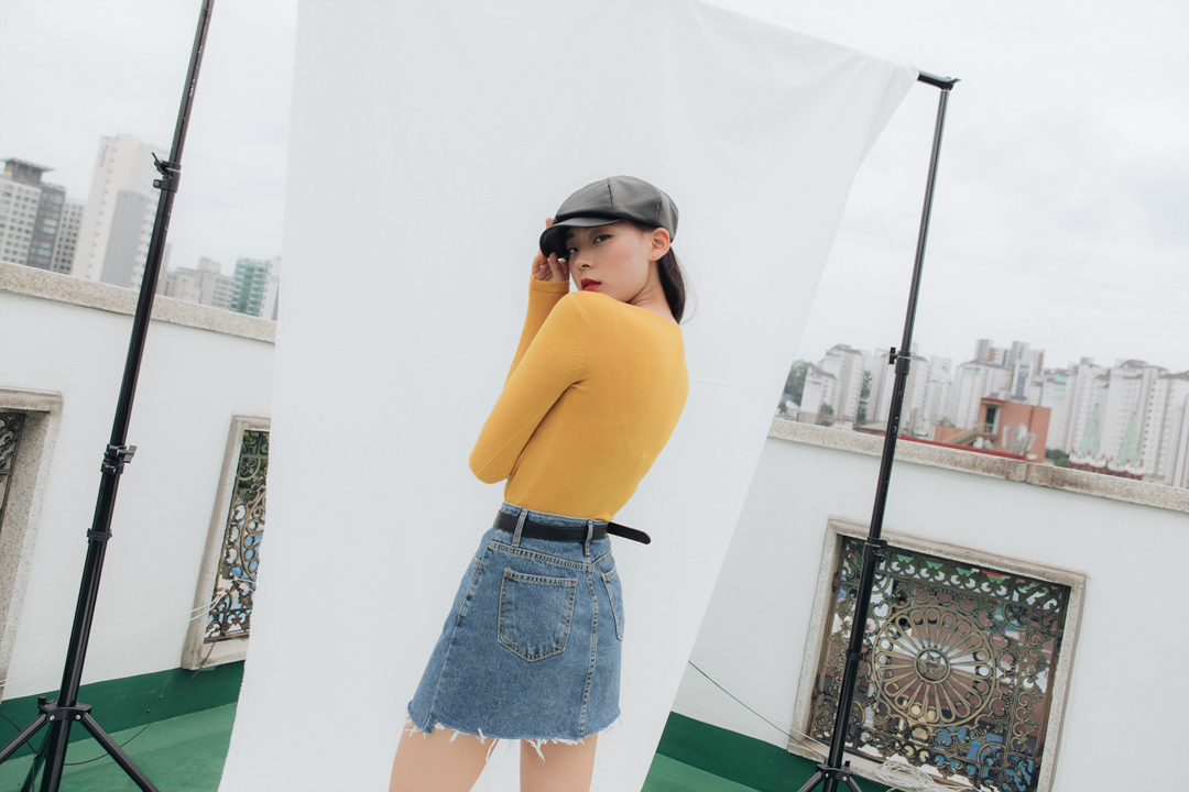 Round long sleeved knit knit