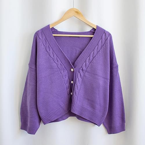 Twisted pearl V-neck knit cardigan