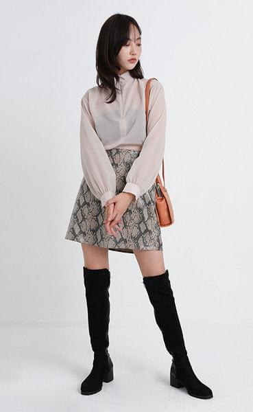 garden half neck blouse (3colors)