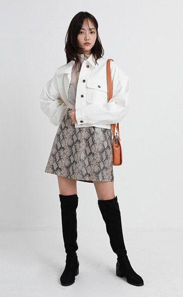 creammy white cotton jacket