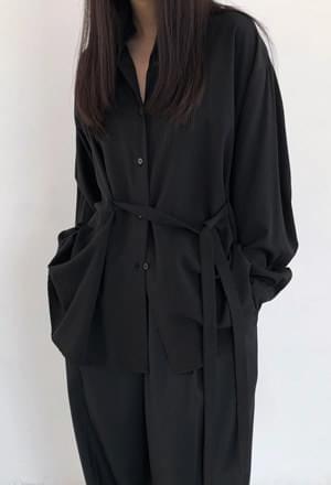 Over-fit belt blouse (2colors)
